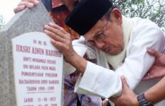Ultah Habibie ke 80: Cinta Saya dan Ainun Tak Bisa Dipisahkan Maut - JPNN.com