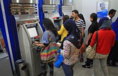 Kartu ATM Nyangkut, Dibantuin, Eh… Saldo Jadi Nol Rupiah - JPNN.com