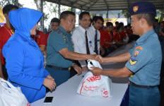 Hanya 15 Menit, 4000 Paket Sembako Murah Habis Terjual - JPNN.com