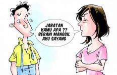 Sedih Bingit! Jelang Mudik, Suami Turun Jabatan, Istri Minta Cerai - JPNN.com