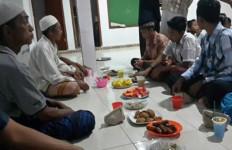 Awal Mula Warga Muslim Ada di Sana - JPNN.com