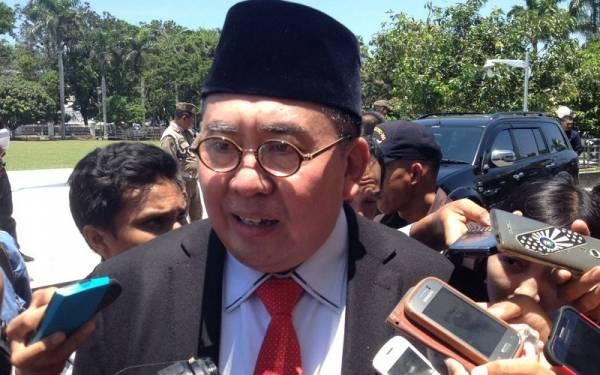 Gubernur Bengkulu Kutuk Aksi Bom Madinah - JPNN.com