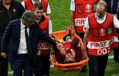 Ditandu Keluar, Ronaldo Dapat Tepuk Tangan Seisi Stadion - JPNN.com