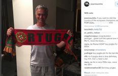 Pakai Piama, Mourinho Gembira Negaranya Juara Eropa - JPNN.com