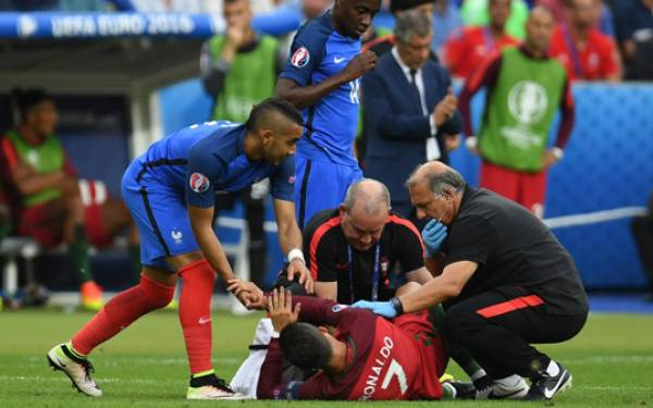 Buat Ronaldo Cedera, Ini Penjelasan Payet - JPNN.com