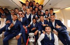 Tiba di Portugal, Pesawat Ronaldo dkk Disiram Cairan - JPNN.com