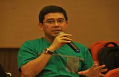 Lah, Menteri Yuddy Kok Mudik Pakai Mobil Dinas - JPNN.com