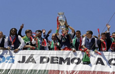 Wow! Juara Euro 2016, Portugal Bawa Uang Rp 371,6 Miliar - JPNN.com