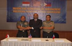 TNI dan Militer Filipina Segera Bertindak Atasi Bajak Laut - JPNN.com