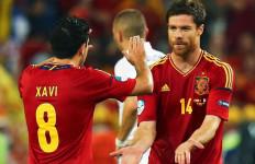 Mantan Gelandang Spanyol Ini Senang Ronaldo Raih Piala Eropa - JPNN.com