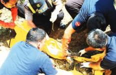Penjual Bensin Ditemukan Tewas di Selokan, Diduga karena Kumat - JPNN.com