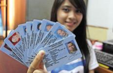 Warga Malaysia Punya E-KTP, Kadis Dukcapil Ogah Disalahkan - JPNN.com