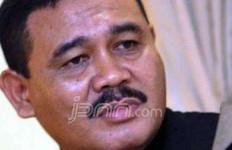 Hahaha...Pentolan Hanura DKI Kena Semprot Bapak Hakim - JPNN.com