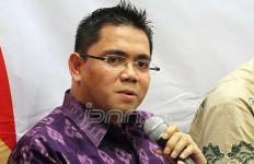 Mobil Dua Anggota DPR Diadang Massa, Digedor-gedor, Dikejar - JPNN.com