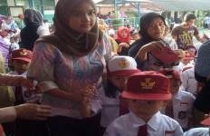 Kisah Istri Wakil Bupati Pali Saat Mengantar Anak Ke Sekolah - JPNN.com