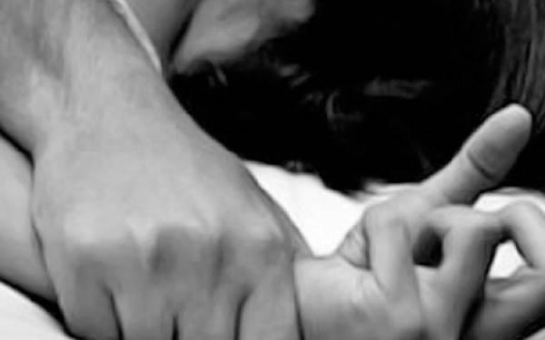 Gadis Lugu Diperkosa 25 Pria, Otaknya Ternyata Pacar Sendiri - JPNN.com