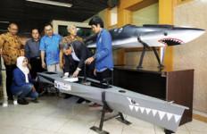 Hebat! Tim ITS Siapkan Dua Kapal Tenaga Surya ke Jepang - JPNN.com