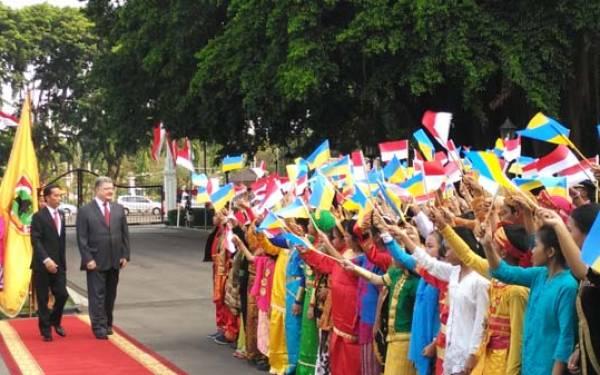 Setelah 20 tahun lalu, Presiden Ukraina Akhirnya Temui Jokowi - JPNN.com