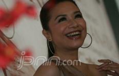 Ruth Sahanaya Salah Sebut Nama Komposer, Titi DJ: Duh Uthe.. - JPNN.com