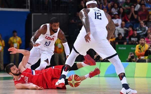 Waduh! Tim Basket AS Cuma Menang Satu Setengah Bola dari Serbia - JPNN.com
