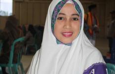 Kisah Sasmika, Gadis Cantik 19 Tahun Calon Haji dari Mimika - JPNN.com
