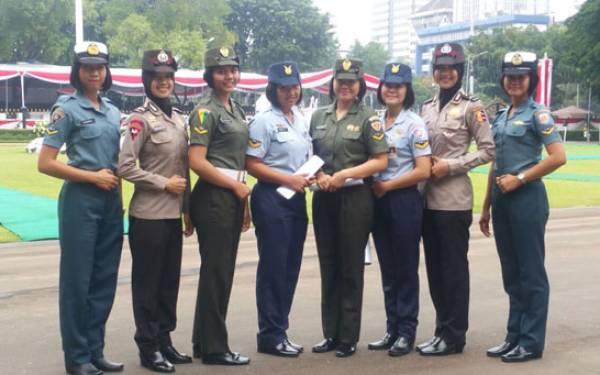 Para Prajurit Cantik Harus Tes Jantung Sebelum Tampil di Istana Merdeka - JPNN.com