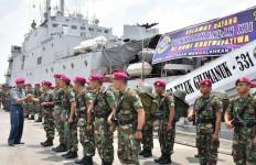 KRI Angkut Pasukan Organik Batalyon Marinir Pertahanan Pangkalan - JPNN.com