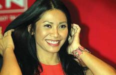 Sejajar dengan Michael Jackson dan Beyonce, Anggun C. Sasmi kok Ngerasa Aneh? - JPNN.com