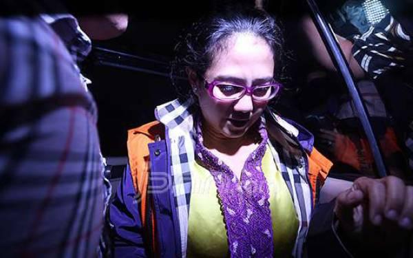 Damayanti Sebut Anak Dalam Pledoinya Lalu Menangis - JPNN.com