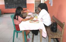 Miris..Satu Sekolah Hanya Tujuh Murid - JPNN.com