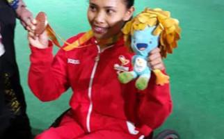 Menpora Bangga Ni Nengah Rebut Medali di Paralimpiade 2016 - JPNN.com
