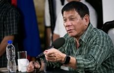 Kunjungi Indonesia, Si Presiden Kontroversial Blusukan ke Tanah Abang - JPNN.com