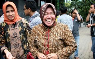 Arek-Arek Surabaya Peringati Penyobekan Bendera Belanda - JPNN.com