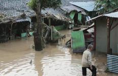 Lazis NU Beri Bantuan Bagi Korban Banjir Garut - JPNN.com