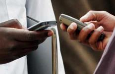 Penjualan Ponsel Anjlok 20 Persen - JPNN.com