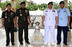 Kemanunggalan TNI-Rakyat Inti Pertahanan Indonesia - JPNN.com