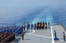 Peringati Hari Kesaktian Pancasila di Atas Kapal Perang TNI AL - JPNN.com