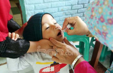 Keluarga Korban Vaksin Palsu Menggugat, Tuntut Ganti Rugi Rp 50 Miliar - JPNN.com