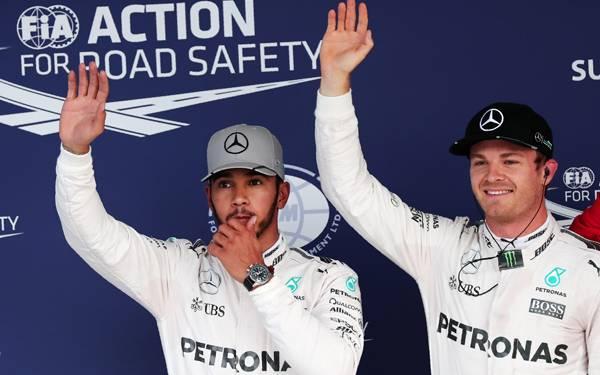 Start Terdepan di Suzuka, Rosberg pun Tersenyum di Samping Hamilton - JPNN.com