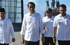 Begini Nih Gaya Jokowi untuk Patung Lilin Madame Tussauds - JPNN.com