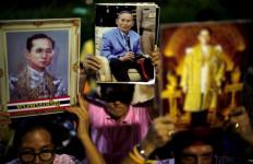 Bhumibol Adulyadej, Raja Paling Lama Bertakhta di Dunia Itu Mangkat - JPNN.com