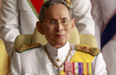 Presiden Jokowi Berduka untuk Kepergian Raja Thailand - JPNN.com