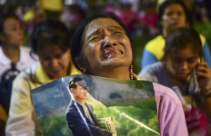 Ditinggal Raja, Thailand Berkabung Satu Tahun Penuh, Sedih.. - JPNN.com