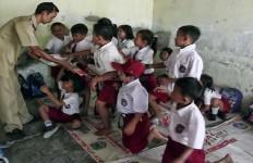 Fasilitas Belajar Bagi Anak Merdeka Masih Minim - JPNN.com
