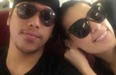 Sammy Simorangkir dan Viviane Pengin Nikah di Bali - JPNN.com