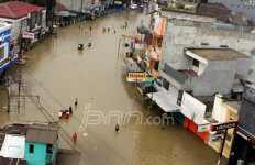 Banjir di Bandung Makan Korban Jiwa - JPNN.com