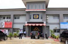 Lumpuhkan Sipir Pakai Air Cabe, 5 Tahanan Narkoba Ini Tetap Gagal Kabur - JPNN.com