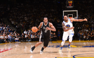 Unbelievable! Spurs Permalukan Warriors di ORACLE Arena - JPNN.com