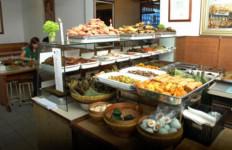 Sudah Bersihkah Menu di Restoran Kesayanganmu? - JPNN.com