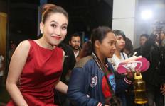 Feni Rose Minta Maaf pada Ayu Ting Ting - JPNN.com